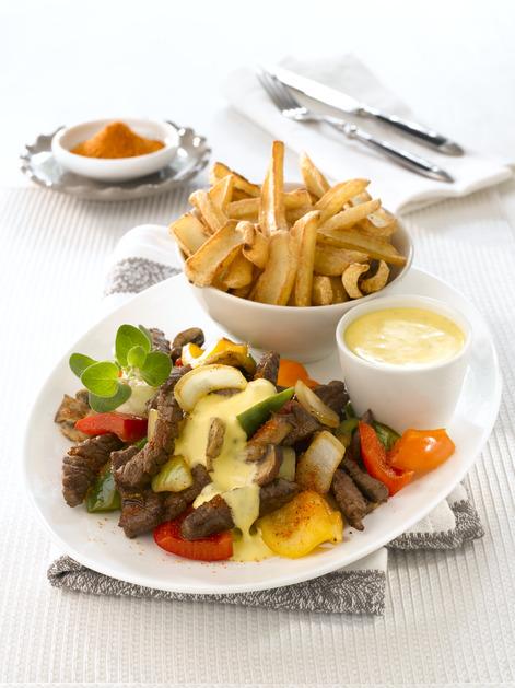 Biff med chilibernaise, poteter og grønnsaker