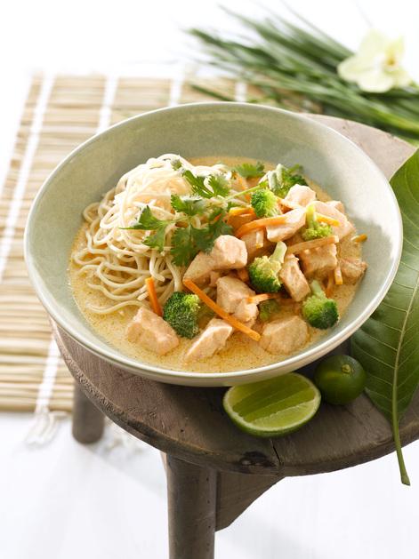Thai panang curry med laks, brokkoli og gulrot