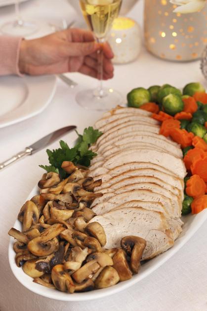 Kalkunfilet med ovnsbakte poteter og rødvinssaus