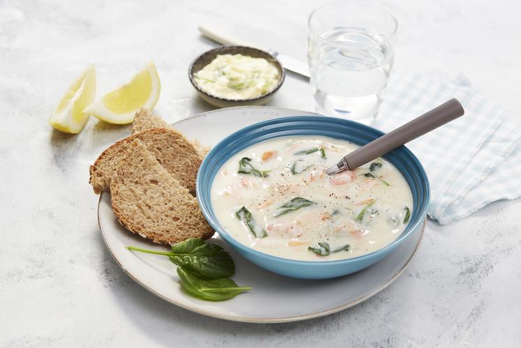 Bergensk fiskesuppe med ekstra fisk og spinat