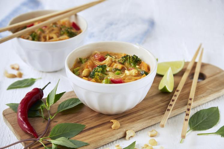 Thailandsk grønnsaksuppe
