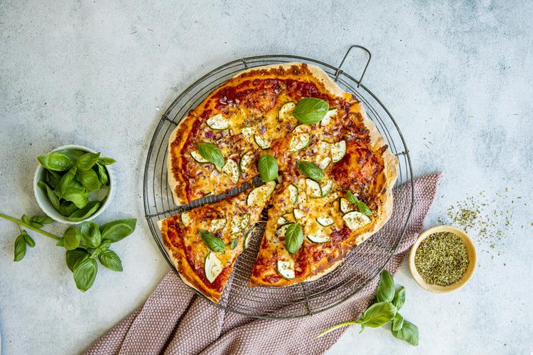 Vegetarpizza på grillen